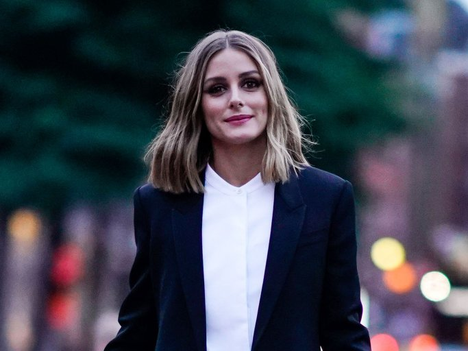 Olivia Palermo mit Longbob | © Getty Images | Edward Berthelot