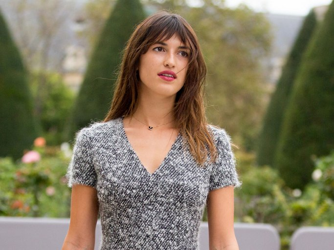 Jeanne Damas mit der Trendfrisur French Cut | © Getty Images | Melodie Jeng
