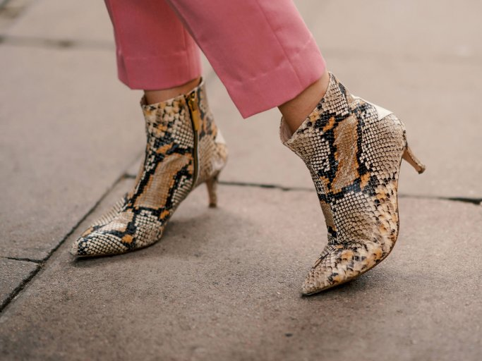 Snake Print Boots | © Getty Images | Edward Berthelot