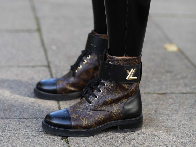 Boots von Louis Vuitton | © Getty Images | Jeremy Moeller