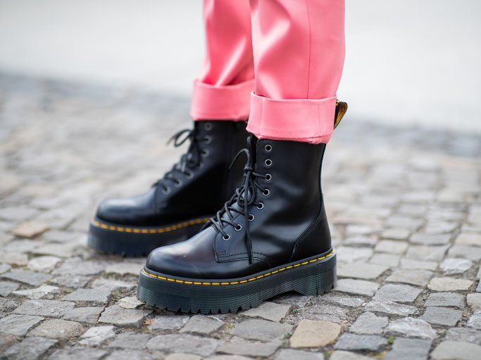 Dr. Martens Schnürboots | © Getty Images | Christian Vierig