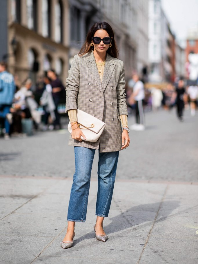 3be620a18cd908 Streetstyle mit kariertem Blazer | © Getty Images | Christian Vierig