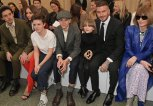 Die Beckham Familie mit Anna Wintour bei der London Fashion Week | © Getty Images | David M. Benett