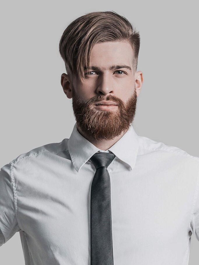 Frisuren für männer mit langen haaren