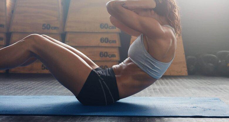 Muskulös frau Muskelmaedels: Muskelmaedels